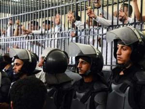 The mass death sentence handed out by Egyptian courts has put a question mark on their independence from the political system and atmosphere (source of picture: www.ndtv.com)