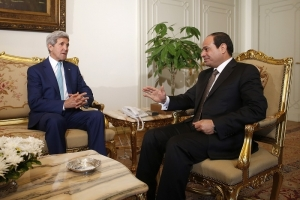 El Sisi has not let up any opportunities to humiliate John Kerry, the US Secretary of State. On a recent visit to Cairo, Kerry was subjected to a routine security inspection, despite carrying a diplomatic passport. (Source of photo: www.hngn.com)